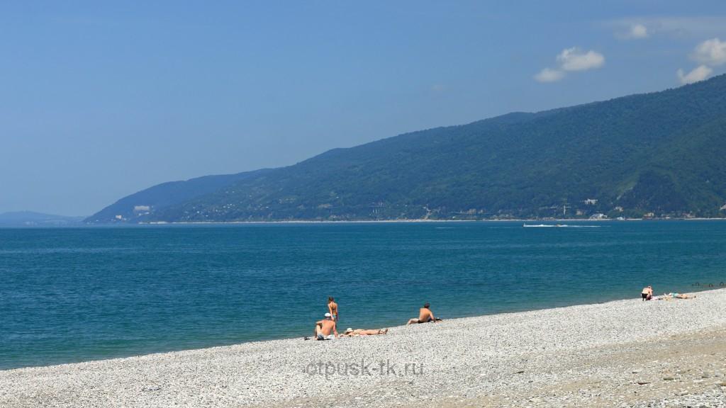 Пляжи и море Гагра